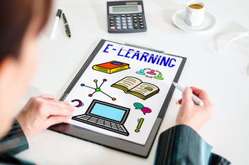 E-learning concept on a clipboard