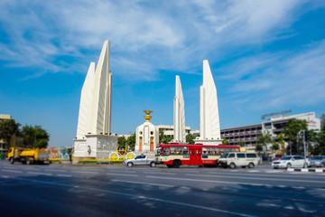バンコク 民主記念塔