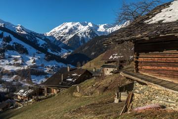 Hameau de Boudin , dans le Beaufortain , en Savoie , , en hiver dans les Alpes