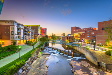 Poster Cappuccino Greenville, South Carolina, USA downtown cityscape on the Reedy River at dusk