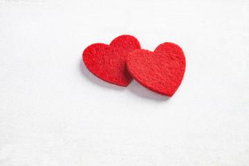 zwei Herzen als Symbol der Liuebe für einen besonderen Anlass
