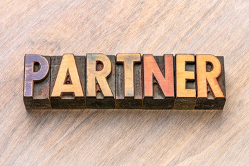 partner word in wood type