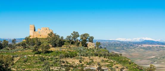Fotobehang Kasteel Sicilian castles. Mazzarino Medieval Castle.