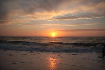 Foto op Plexiglas Zee zonsondergang Puesta de sol