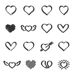 Vector set of hand drawn heart.