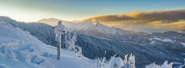 Fototapeta Giewont - Tatry, zima 01.2019 rok