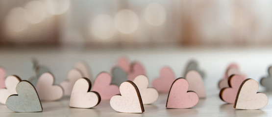 Banner für Valentinstag, Verlobung, Hochzeit, Muttertag, mit kleinen Holzherzen