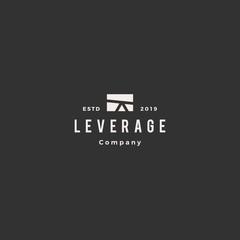 leverage logo hipster vintage retro vector icon
