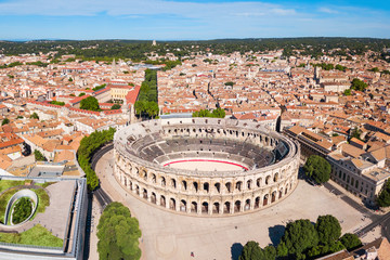 Keuken foto achterwand Europese Plekken Nimes Arena aerial view, France