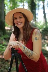 Die Frau mit dem Hut