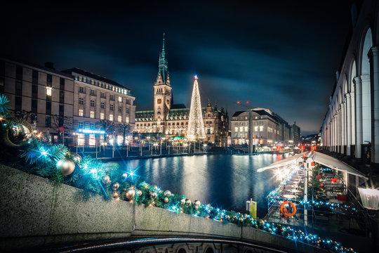 Hamburg Rathaus Weihnachten Winter