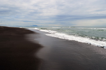 Побережье тихого океана. Халактырский пляж, Камчатка, Россия