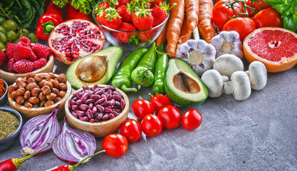 Composition with fresh vegetarian grocery products