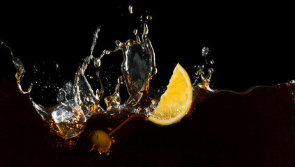 Printed roller blinds Splashing water Vermouth splash with orange slice and olive