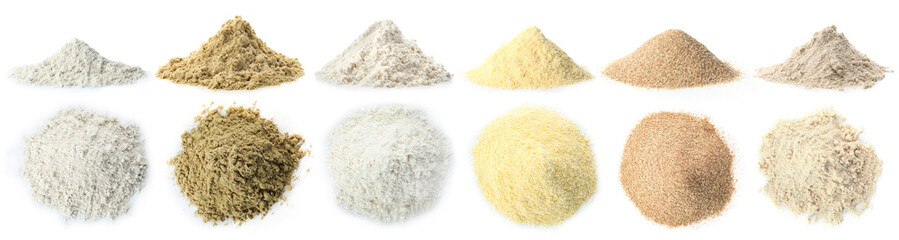 Photo sur cadre textile Graine, aromate Heap of wheat flour on white background