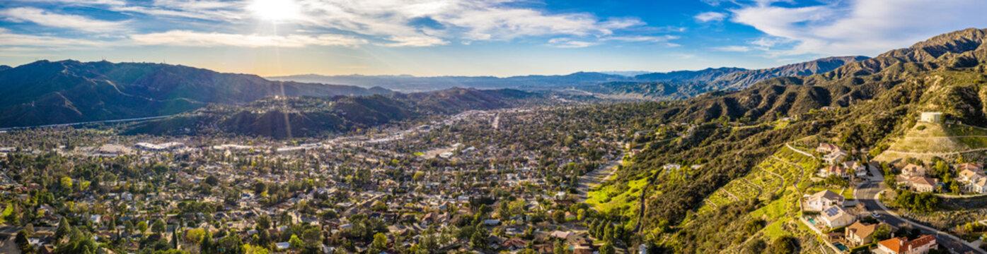 Los Angeles Highlands Norden Vorort Aerial Landschaft Berge USA Kalifornien