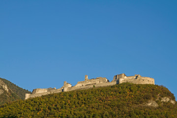 Foto auf Leinwand Befestigung Castel Beseno - Burg im Trentino