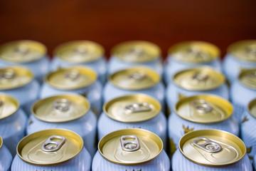 Papiers peints Biere, Cidre Singha canned beer
