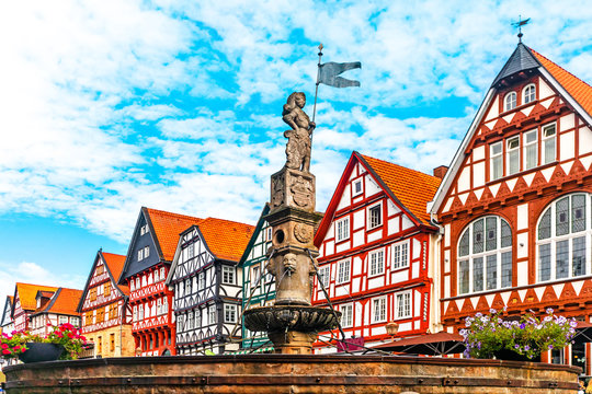 Roland fountain on the marketplace of Fritzlar, Kassel region, Hesse, Germany