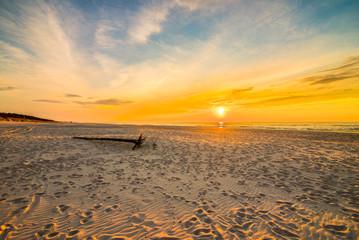 Fototapeta zachód słońca nad morzem obraz