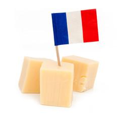 Cubes de fromage avec drapeau de la France