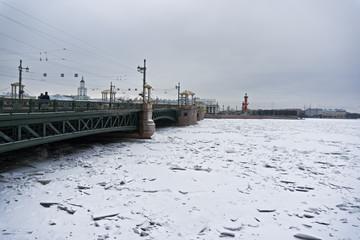 Tha Palace bridge