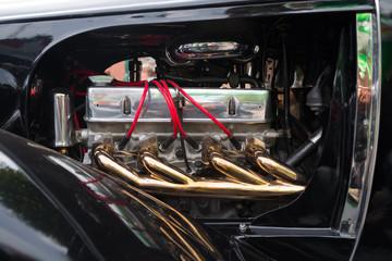 oldtimer car engine