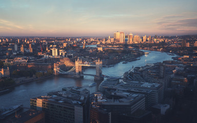 Fotomurales - London aerial view with Tower Bridge, UK
