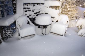 Printed kitchen splashbacks Fairytale World Gartenmöbel im Winter eingeschneit