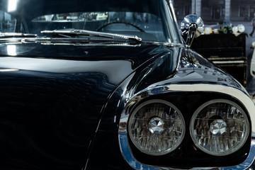 Fond de hotte en verre imprimé Vintage voitures detail of a vintage luxury car