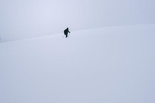 Durch den Schnee Kämpfen