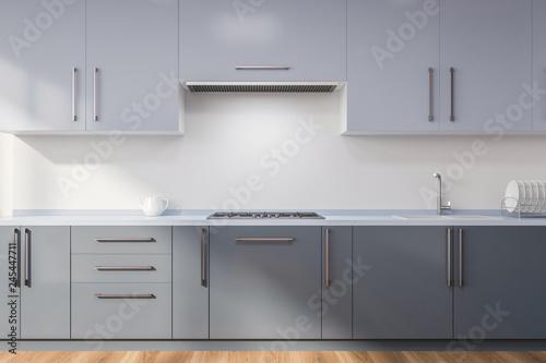 Kitchen With Gray Countertops Stockfotos Und Lizenzfreie Bilder Auf