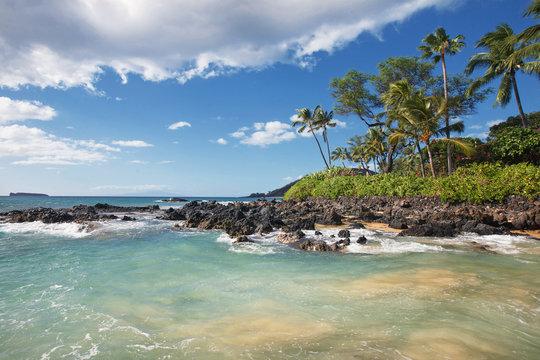 Gentle Waves at Tropical Beach (Makena Cove, Maui HI)