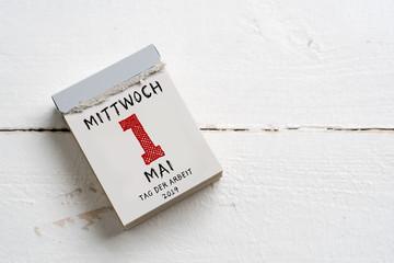 1. Mai 2019 - Abreißkalender mit Tag der Arbeit