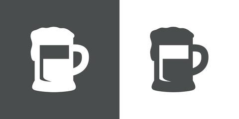 Icono plano con silueta de jarra de cerveza en gris y blanco