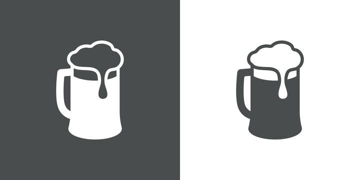 Icono plano con silueta de jarra de cerveza con espuma en gris y blanco