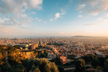 Wall Mural - Sunset cityscape skyline view from Bunkers Del Carmel, in Barcelona, Spain