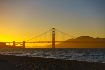 Bridge Golden Gate at San Francisco sunset
