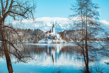 Wall Mural - Lake Bled with Bled Island and Castle at sunrise in winter, Slovenia