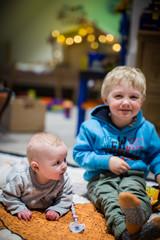 im Kinderzimmer spielen