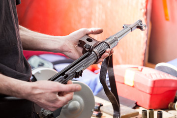 submachine gun MP-38 in the hands of a master