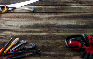 house building, carpentry or renovation tools for wood know-how