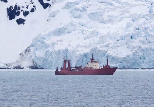 Research ship anchored at Admiralty Bay, King George Island, Antarctica