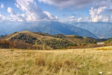 Val Grande in den italienischen Alpen im Herbst - Val Grande in the Italian Alps