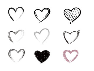 Set of doodle hearts