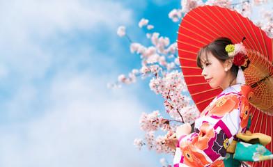 桜と着物の女性 Wall mural