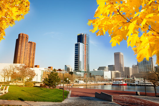 Scenic view of Baltimore Inner Harbor in autumn