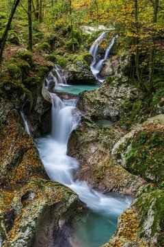Autumnal Lepenjica River, Soca Valley, Bovec, Triglav National Park, Slovenia, Europe