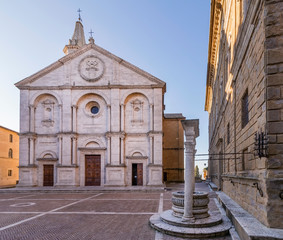 The beautiful Piazza Pio II, the Duomo and the dog well, Pienza, Siena, Tuscany, Italy, without people