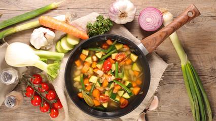 Fototapete - vegetable and broth, minestrone